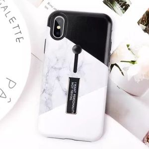 Accessories - NEW iPhone 7+/8+ Black White Marble Stand Case